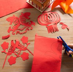 Chinese New Year Crafts For Kids, Chinese New Year Dragon, Chinese New Year Gifts, Chinese New Year Decorations, Chinese Crafts, Festival Decorations, Paper Decorations, New Year's Crafts, Paper Crafts