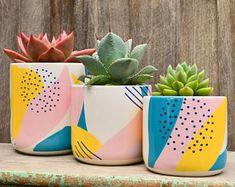 Planter | Etsy Painted Plant Pots, Painted Flower Pots, Pottery Painting Designs, Diy Décoration, Modern Retro, Terracotta Pots, Bottle Art, Plant Decor, Diy Art