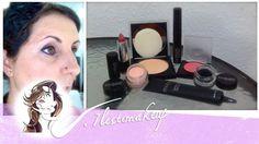 Vais a ver que fácil es estar perfecta para el dia a dia, o para cualquier ocasión con 7 productos. Los productos que utilizo en el video son de Motives: - Perfecting Face Primer (Prebase facial) - Eye base (Prebase para ojos) - Dual Perfection Powder (Maquillaje y polvos 2 en 1), color Neutral - Colorete color Lust - Labial color Pink Sugar - Eyeliner en gel, color Onyx (negro) - Mascara de pestañas Lustrafy High Definition (para pestañas naturales)