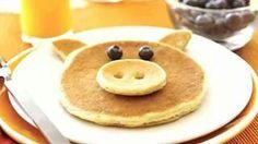 Pig Pancake (pancakes and blueberries)