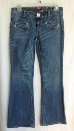 WOMENS JEANS CANDIES Size 3 30/29 Slit Pockets Rhinestone Button