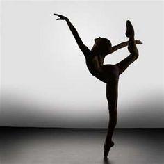 Incredible Beautiful Silhouette of Ballet Dancers