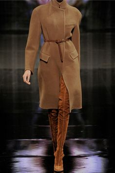 This camel colored blend coat is GORGEOUS! Donna Karen, as well as other designers, has such beautiful looks for Fall/Winter 2014 with styles ranging from cashmere to wool. I love a knee length coat for the colder months as well.  #coat #fw14
