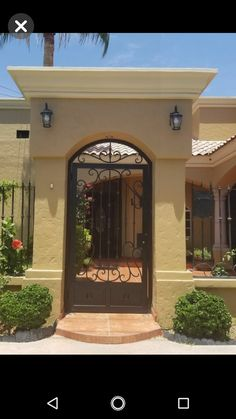 Landscape design entrance home 64 Ideas for 2019 Fence Gate Design, House Gate Design, House Front Design, Casa Kardashian, Iron Front Door, Mexico House, Hacienda Style, Spanish Style Homes, House Doors