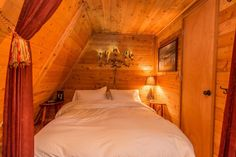 A-frame Cabin For Sale in Skykomish, WA 0028