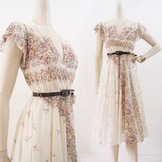 70s 80s Dress Vintage Boho Floral Surplice Full by voguevintage, $34.00