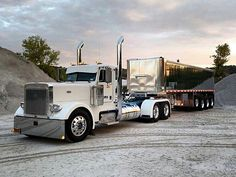Below are some examples of the sorts of trucks made by the globe's leading truck companies as mentioned above. With cool truck pictures, we wish you more than happy with our content concerning the best trucks in the world. Semi Trucks, Big Rig Trucks, Cool Trucks, Peterbilt Dump Trucks, Peterbilt 379, Chevy Trucks, Custom Big Rigs, Custom Trucks, Car Dump