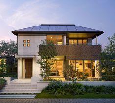 シリーズラインアップ スマートパワーステーション セキスイハイム Sims House, Rustic Wall Decor, Luxury Living, Castle, Japan Style, House Design, Mansions, House Styles, Classic