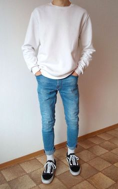 vans old skool skinny jeans boys guys outfit Vans Outfit Men, Korean Fashion Men, Mens Teen Fashion, Mens Clothing Styles, Look Cool, Aesthetic Clothes, Streetwear Fashion, Trendy Outfits, Men Casual