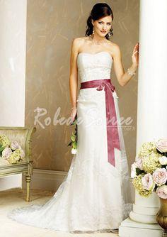 Robe de Mariée Couleur-A-Line/Princess sweetheart chapelle train robes de mariée en satin tulle