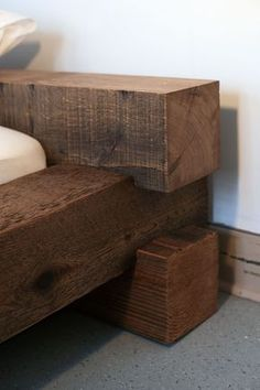 Diy Furniture Plans Wood Projects - New ideas Diy Furniture Plans Wood Projects, Log Furniture, Woodworking Projects Diy, Furniture Design, Bed Frame Design, Bedroom Bed Design, Diy Bed Frame, Timber Beds, Timber Bed Frames