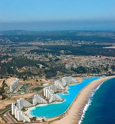 Top 10 Awesome Pools and Ponds - World's Largest Outdoor Pool – San Alfonso del Mar, Chile  Read more: http://www.toptenz.net/top-10-awesome-pools-and-ponds.php