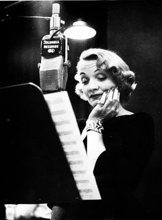Marlene Dietrich photographed by Eve Arnold?!! Hell to the yeah. <3