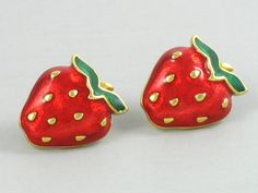1990 Vintage AVON 'Very Berry' Red Enamel by thevintagelot on Etsy