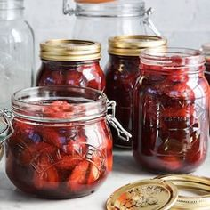in_season_strawberries from Williams Sonoma. Mock Strawberry, Strawberry Fig Preserves, Fig Preserves Recipe, Canning Tips, Canning Recipes, Berry Juice, Brunch, Jam And Jelly, Preserving Food