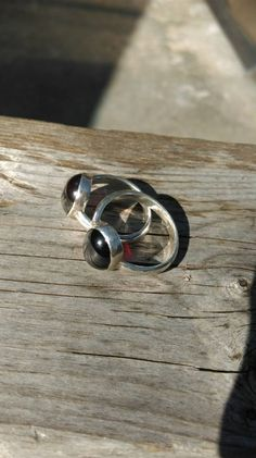 Granat cabochon ring in 925er Silber von Kalebwraps auf Etsy
