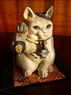JR名古屋タカシマヤで開催されている『吉田一也・陶の福猫展』に行ってきました。 1/27からなのでいい作品がほとんど売れちゃってたらどうしようとタカシマ...