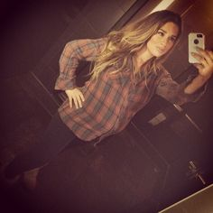 Pregnant Jessie James Decker
