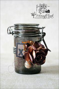 Distressed jar