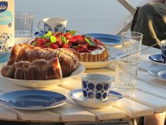 """Coffee break, couple of times a day. It was the same at our house in NW Wisconsin. Always a """"little lunch"""" w/coffee. Little Lunch, Coffee Break, Coffee Cake, Finland, Delish, Picnic, Nutrition, Treats, Breakfast"""