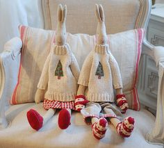 Maileg bunnies with Christmas jumpers