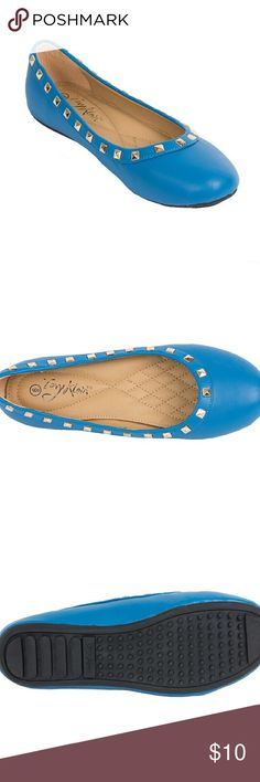 NWT Tory K studded ballerina flats b1616 blue 8 Soft and smooth cobalt blue flats with shiny studs around the ankle line. Brand new. Soft sole, very comfortable. Selling super cheap because the box they were in was damaged, but the flats are in perfect condition! Tory K  Shoes Flats & Loafers