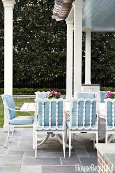 Unusual design backyard furniture ideas 30 best patio for 2018 outdoor and photos by celerie kemble lindsey herod pallet deck diy Outdoor Rooms, Outdoor Dining, Outdoor Furniture, Outdoor Decor, Outdoor Seating, Costco Furniture, Furniture Ideas, Backyard Furniture, Furniture Websites