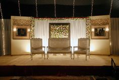 If you are getting married soon and looking for ideas for stage decoration, this post have some awesome state decoration pictures and help you in selecting the right stage decoration design for your big Day.