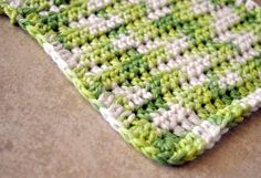 mama's little monkeys....: Free Crochet Pattern--Easy Washcloth/Dishcloth