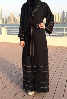 Jersey Abaya - Black / Hemming Stitch Abaya / Abaya with Belt / Black Abaya / Plus Size Abaya / Rela Muslim Women Fashion, Islamic Fashion, Niqab Fashion, Fashion Outfits, Abaya Designs Latest, Simple Abaya Designs, Burqa Designs, Habits Musulmans, Indian Outfits
