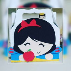 Caixinha Branca de Neve #lacosefitascraofestas #festainfantil #festabrancadeneve #princesa #princesasdisney #festadasprincesas #scrapfesta