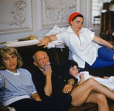 Maya, Picasso, Kathy (Jacqueline's daughter) and Jacqueline, relaxing in their home, La Californie, in the South of France.