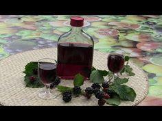 Nalewka z jeżyn - jeżynówka - YouTube Red Wine, Alcoholic Drinks, Table Decorations, Glass, Food, Youtube, Liquor, Drinkware, Alcoholic Beverages
