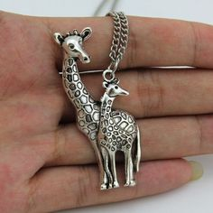 Metal Giraffe Pendant Necklace