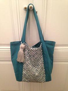 Sac à main ethnique sac de cours cabas porté épaule en toile épaisse coton bleu turquoise et coton tissé de la boutique OeildelaPoule sur Etsy