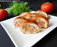Reteta Rulada de pui cu carne tocata din categoria Mancaruri cu carne. Cu specific romanesc. Romanian Food, Bagel, Chicken Recipes, Muffin, Toast, Bread, Breakfast, Morning Coffee, Brot