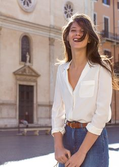 French Girl Style: White Blouse so chic French Fashion, Look Fashion, Girl Fashion, Summer Outfits, Casual Outfits, Cute Outfits, French Girl Style, My Style, French Girls
