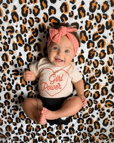 Cute Little Baby, Cute Baby Girl, Little Babies, Cute Babies, Baby Kids, Baby Boy, Cute Baby Pictures, Baby Photos, Cute Outfits For Kids