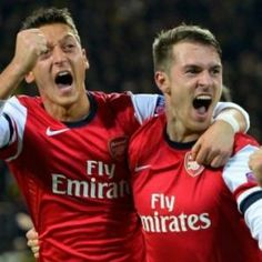 Borussia Dortmund Arsenal beautiful victory by a team of fighters! Come on Arsenal! Arsenal Goal, International Soccer, Champions League, A Team, Victorious, Euro, Dj, Hip Hop, Challenges