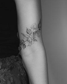 Artissimo / poster with slogan / 21 x cm / art prints with proverbs / posters / typo-print / typography / citation / Life Wisdom - Tattoos - Tatouage Tattoo Knee, Tattoo Henna, Lotus Tattoo, Mandala Tattoo, Hand Tattoo, Snake Tattoo, Mini Tattoos, Body Art Tattoos, Small Tattoos