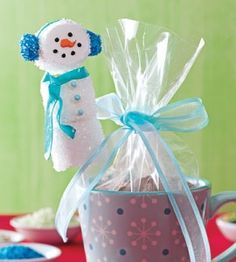 Marshmallow Snowman Treats | Christmas Crafts | Winter Crafts | Love the Country