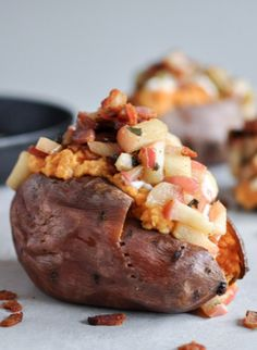 Apple Bacon Stuffed Sweet Potatoes | howsweeteats.com