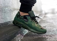 Nike Air Max 1 Ultra Moire Print Carbon Green / Black