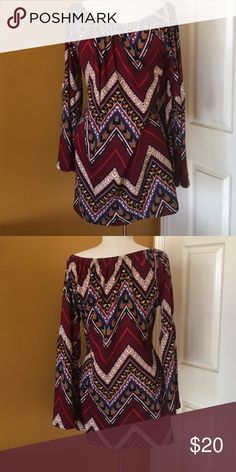 Vintage bell sleeve tunic With bell sleeves size l-xl winwin Tops Tunics