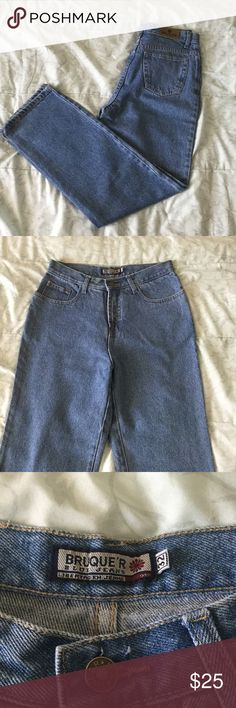 ⚜️NWOT Vintage High Waisted Jeans⚜️ These are authentic vintage high waisted jeans in a light wash. They are boot cut style and they are in excellent condition. There also is a small stain on one of the legs. Vintage Jeans Straight Leg