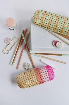 Diy rattan pencil case diy office diy pencil case, diy и woo Diy Interior, Diy Pencil Case, Pencil Cases, Pencil Pouch, Diy Stockings, Ikea, Diy Home Accessories, Diy Inspiration, Creation Deco