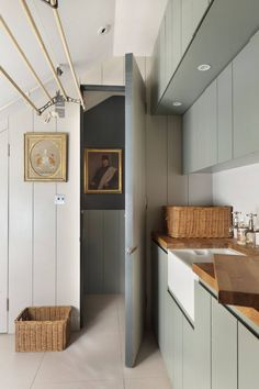 Discover small spaces design ideas on HOUSE - design, food and travel by House & Garden. Utilise that strange little space in your house by turning it in to a smart utility room. NICE IDEA FOR LAUNDRY ROOM Boot Room Utility, Small Utility Room, Utility Room Designs, Utility Room Storage, Utility Room Ideas, Utility Sink, Small Storage, Storage Ideas, Home Design
