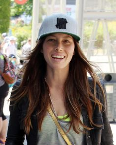 The New Tomboy Beauty: From Kendall Jenner to Cara Delevingne, Elevating Baseball-Hat Hair – Vogue