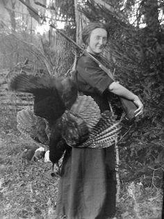 traveling219:  Woman gone turkey hunting in Helvetia, West Virginia! Happy Turkey Day!