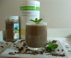 Herbalife Mint Chocolate Smoothie  Recipe: http://slinkyshakes.wordpress.com/2013/05/14/mint-chocolite-d-lite/